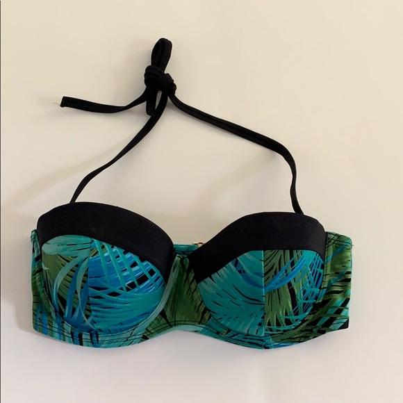 Victoria's Secret Other - VS .  Halter Pushup Bikini Top . 34D